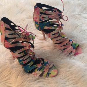 Kendall & Kylie Madden girl heels